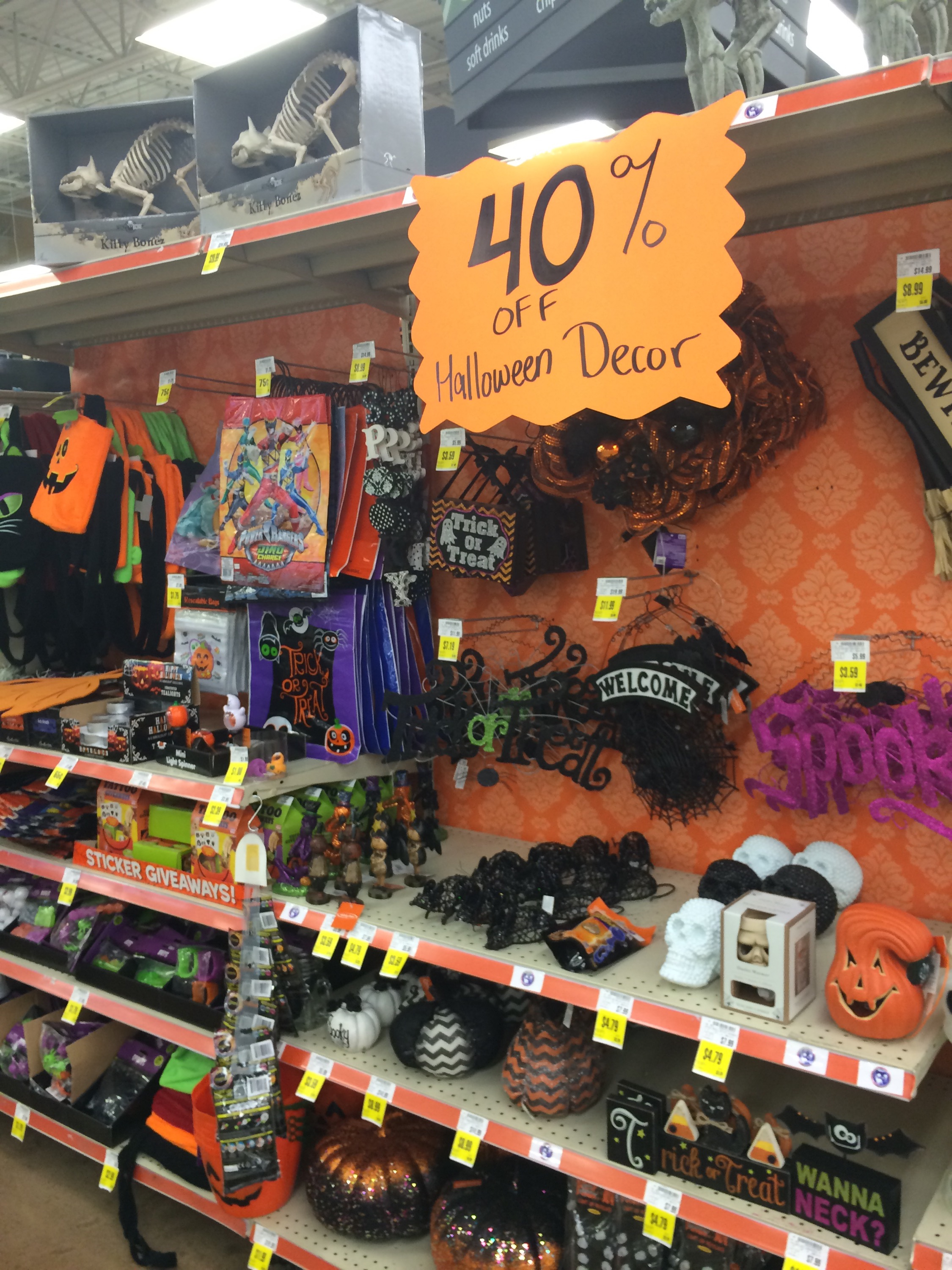 Krogers Halloween 2020 Kroger has 40% off Halloween costumes and Decor   Kroger Coupon Queen